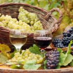 A Complete Guide On How To Make Grape Wine Without Yeast